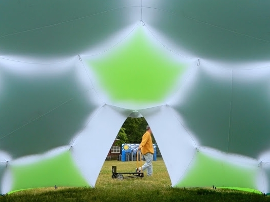 Shade Archipelago FIGMENT Festival, Governor's Island, NY July 2015 Desert Kit Frame: Nomad Shade Stars: Kelly Green, Neon Green Tent: White, flap door Retail: $1950
