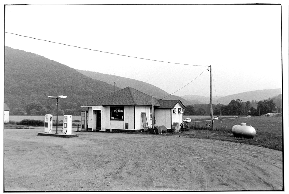 Gas Station-015-2.jpg