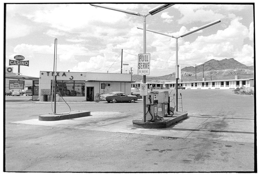 Gas Station-037-2.jpg