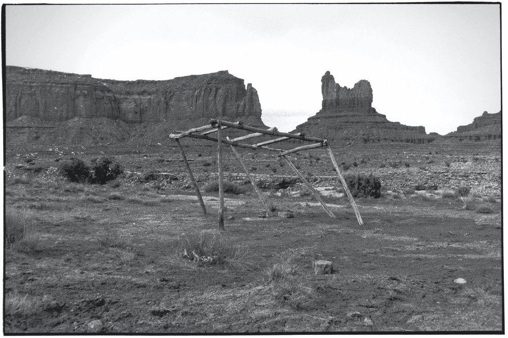 Navajo Roadside_003.jpg
