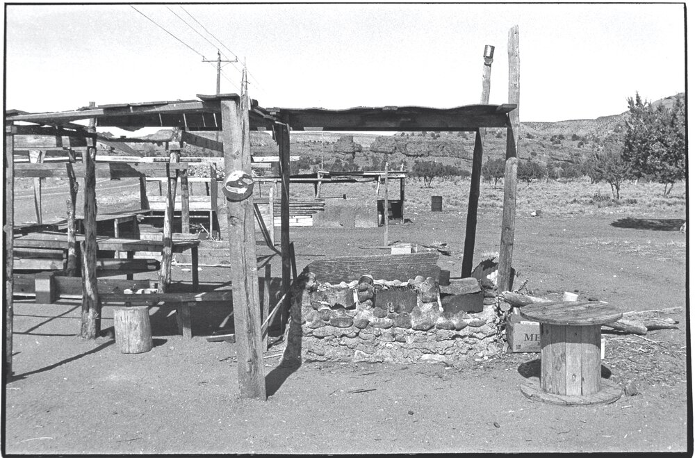 Navajo Roadside_016.jpg