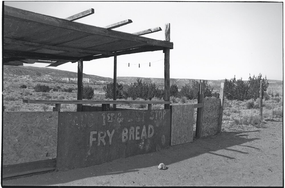 Navajo Roadside_017.jpg