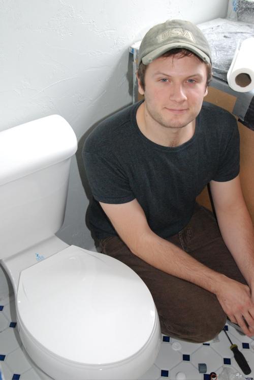 toilet-install.JPG