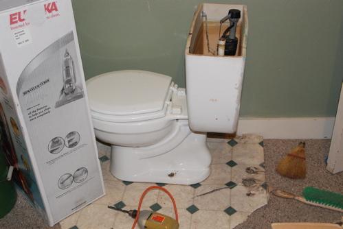 toilet-hallway.JPG