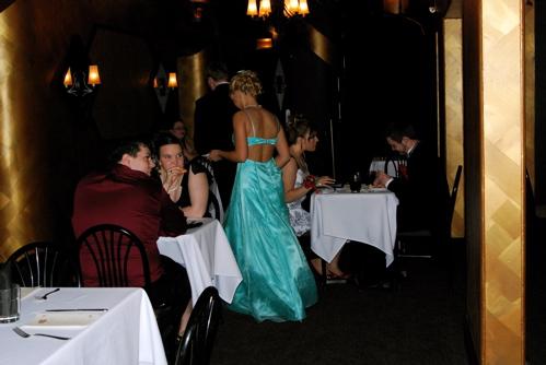 prom-dinner.JPG