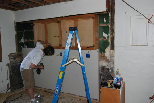 cabinets-going-in.JPG