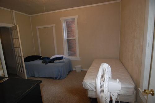 boys-room.JPG