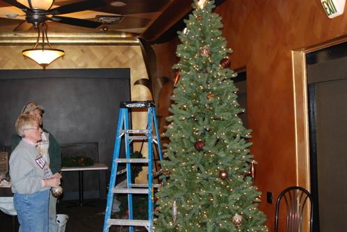 decorating-tree.JPG