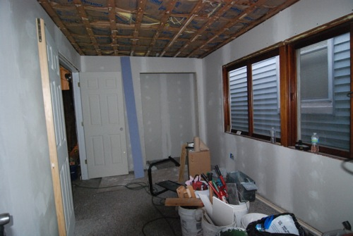 bedroom-sheetrocked.jpg