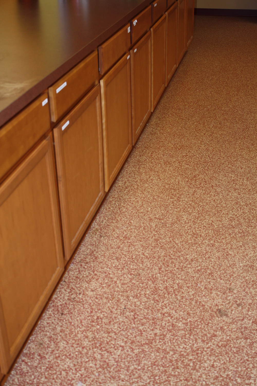 kitchen-flake floor 1.jpg