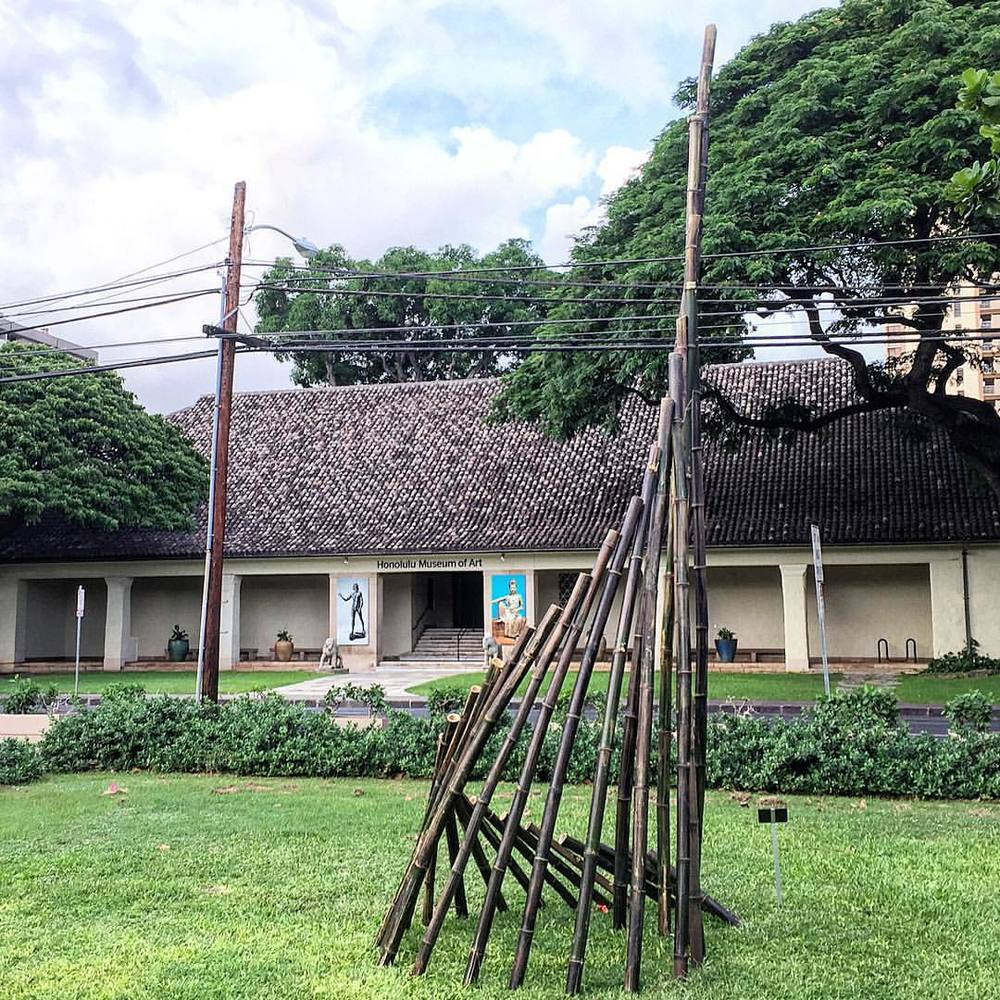 Stop by Thomas Square Park to see Ascent, a large-scale bamboo sculpture inspired by #ikebana and organized by the @honolulumuseum (at Thomas Square Park)