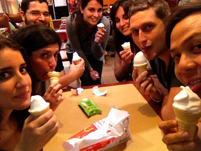 Time for another white fudge ice cream nite with Plenty of visitors from a foreign town!