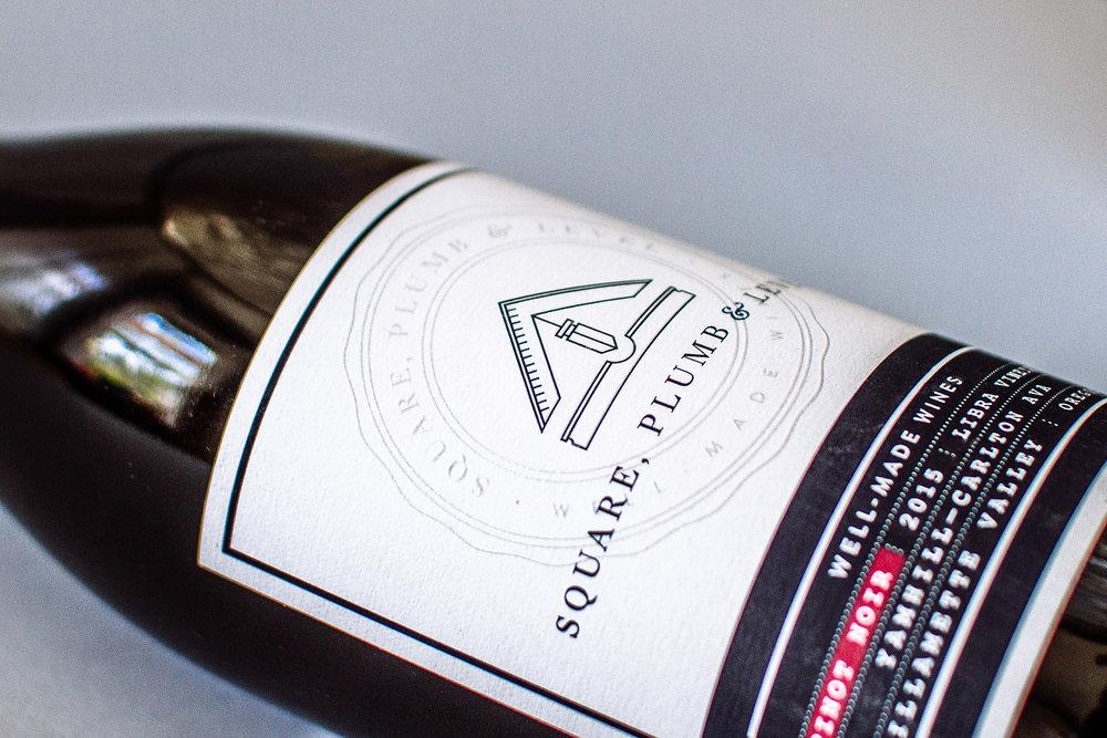 pinot noir wine label front detail