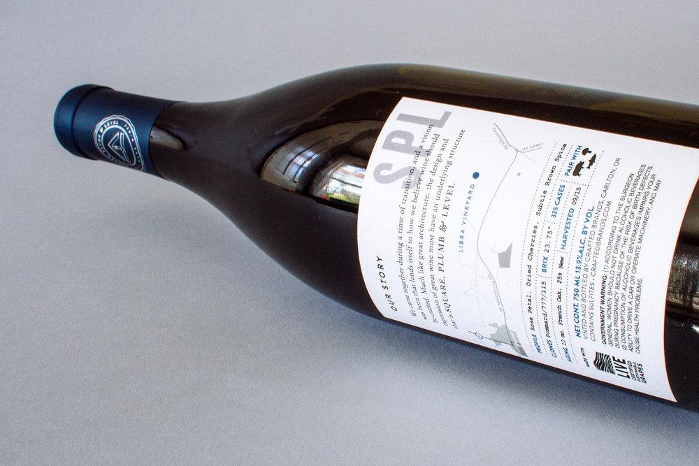 pinot noir wine label back design