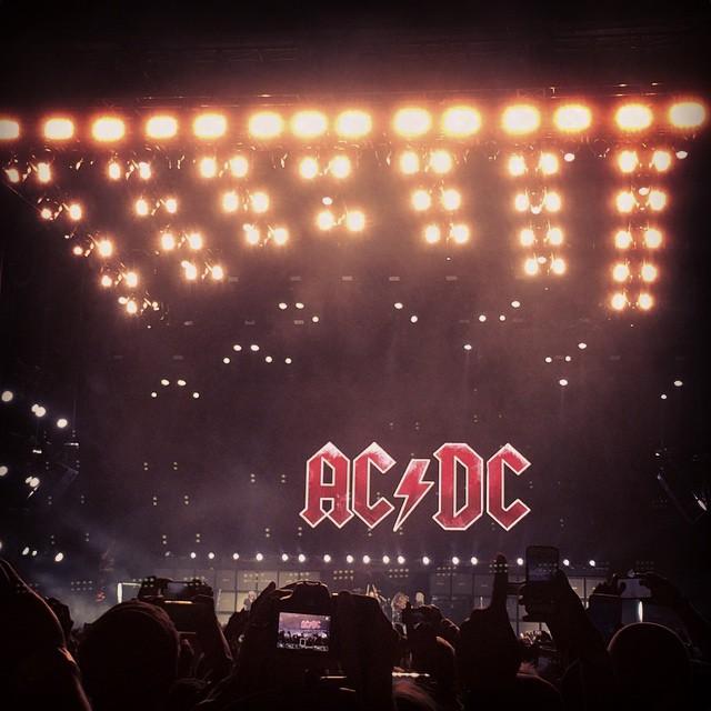 acdc-was-many-kinds-of-amazing-at-coachella2015-i-wanna-go-back-coachella-112365-i-was-definitely-thunderstruck-_17079630918_o.jpg