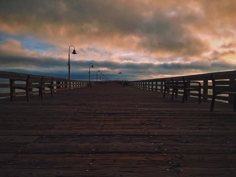quite-the-dramatic-dock-ventura-pier-empty-ghosttown-where-my-tumbleweeds-at-moody-wanderlust-adventure-yum-349365-stormy-sunset-view-dontkickjimmy_23584893099_o.jpg
