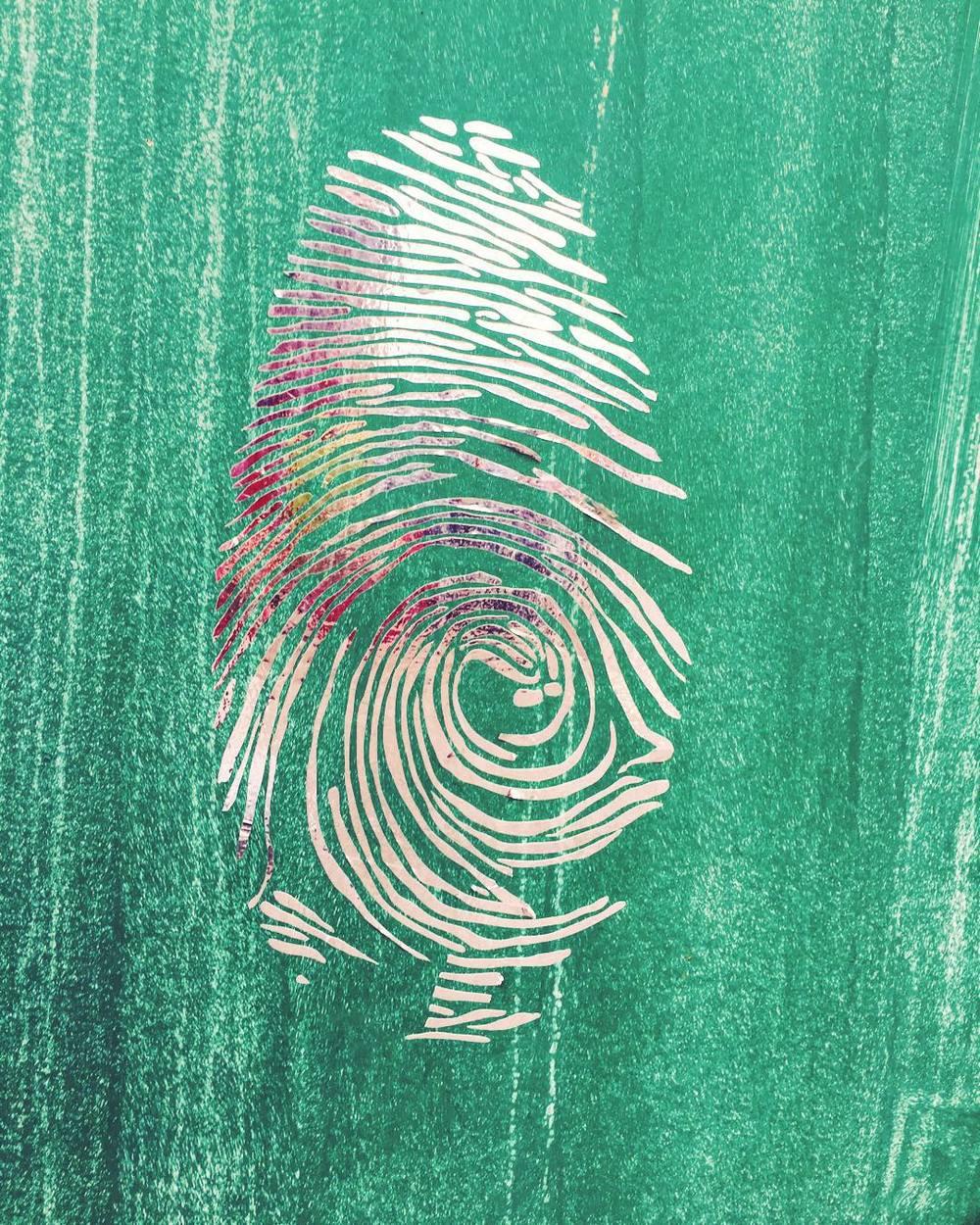 thumbsup-dude-silver-flashtattoo-style-graffiti--green-wall-quite-festive-such-shiny-much-print-fingerprint-363365_24008325811_o.jpg