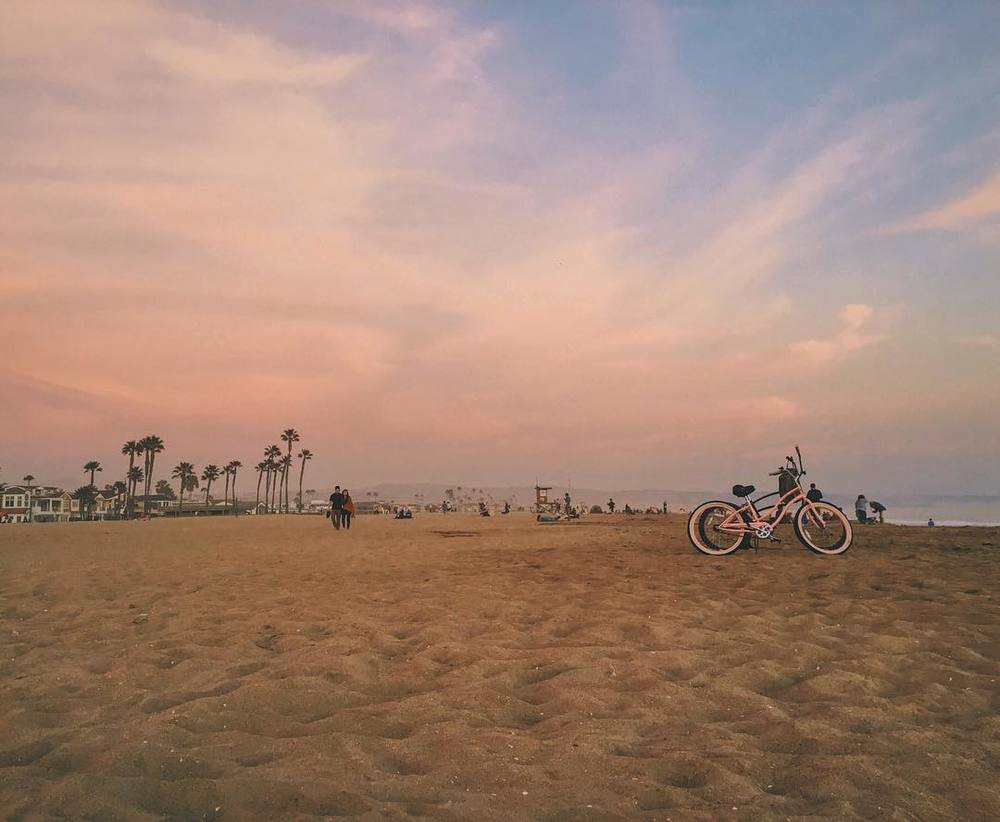 thanks-sunset-in-newport-beach-for-the-perfect-pantone-2016-coloroftheyear-palette-rosequartz-serenity-bike-beachcruiser-pink-40365_24690919313_o.jpg