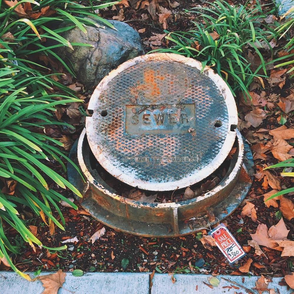 sewer-forsale-get-your-sewage-here-over-50-off-haha-the-things-you-find-at-vintage-boutiques-35366_24764028929_o.jpg