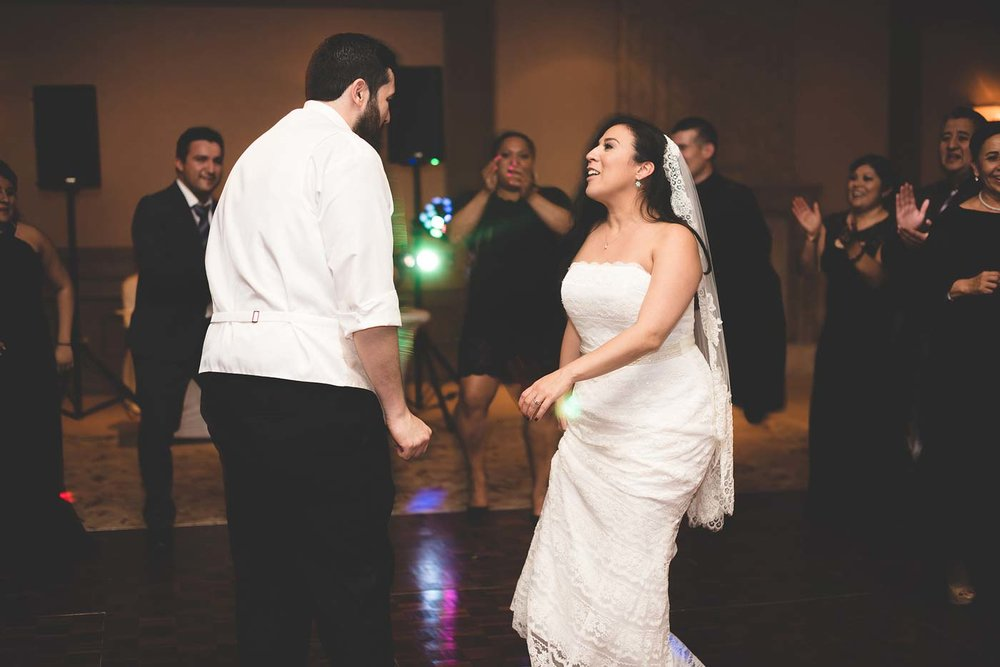 sYolanda-and-Moses---07-Reception,-Dancing-64.jpg