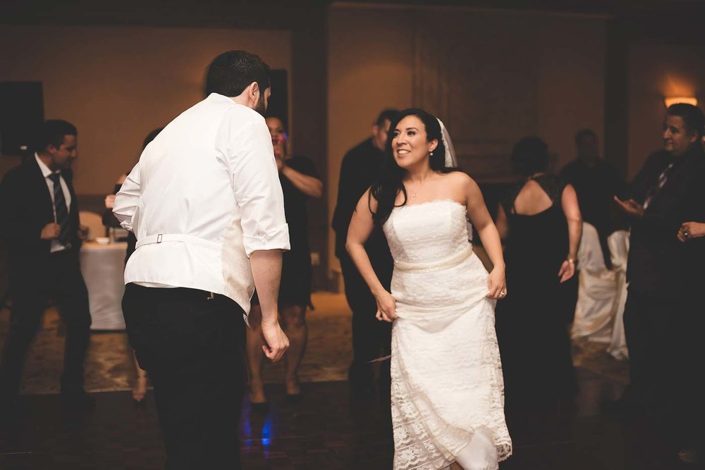 sYolanda-and-Moses---07-Reception,-Dancing-66.jpg