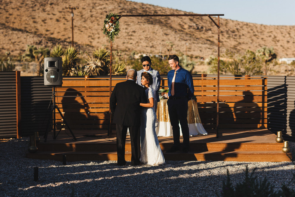 sJ + N - Joshua Tree, CA - 06 Ceremony-9.jpg