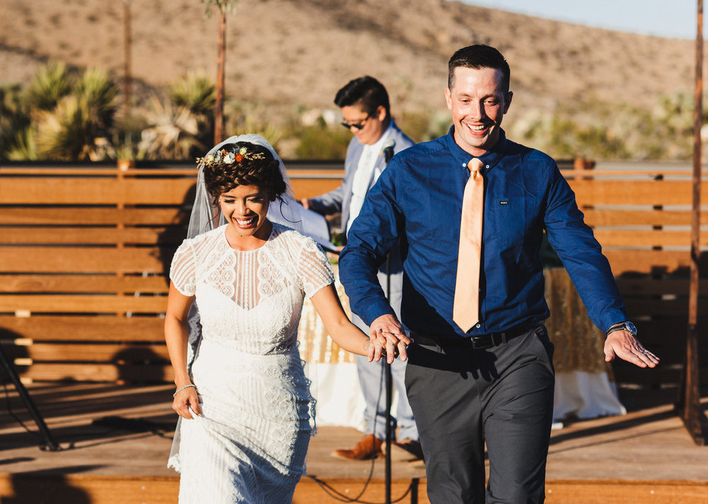 sJ + N - Joshua Tree, CA - 06 Ceremony-29.jpg