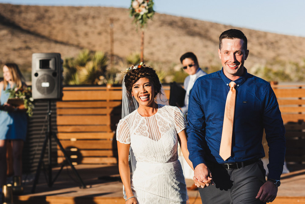 sJ + N - Joshua Tree, CA - 06 Ceremony-30.jpg