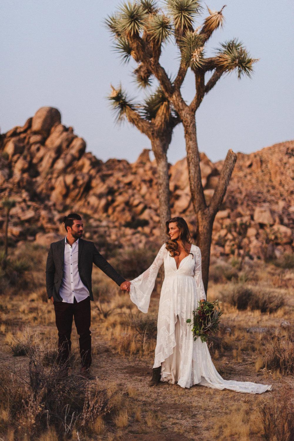 sMagdalena + Yoan - Elopement, Joshua Tree CA-172.jpg