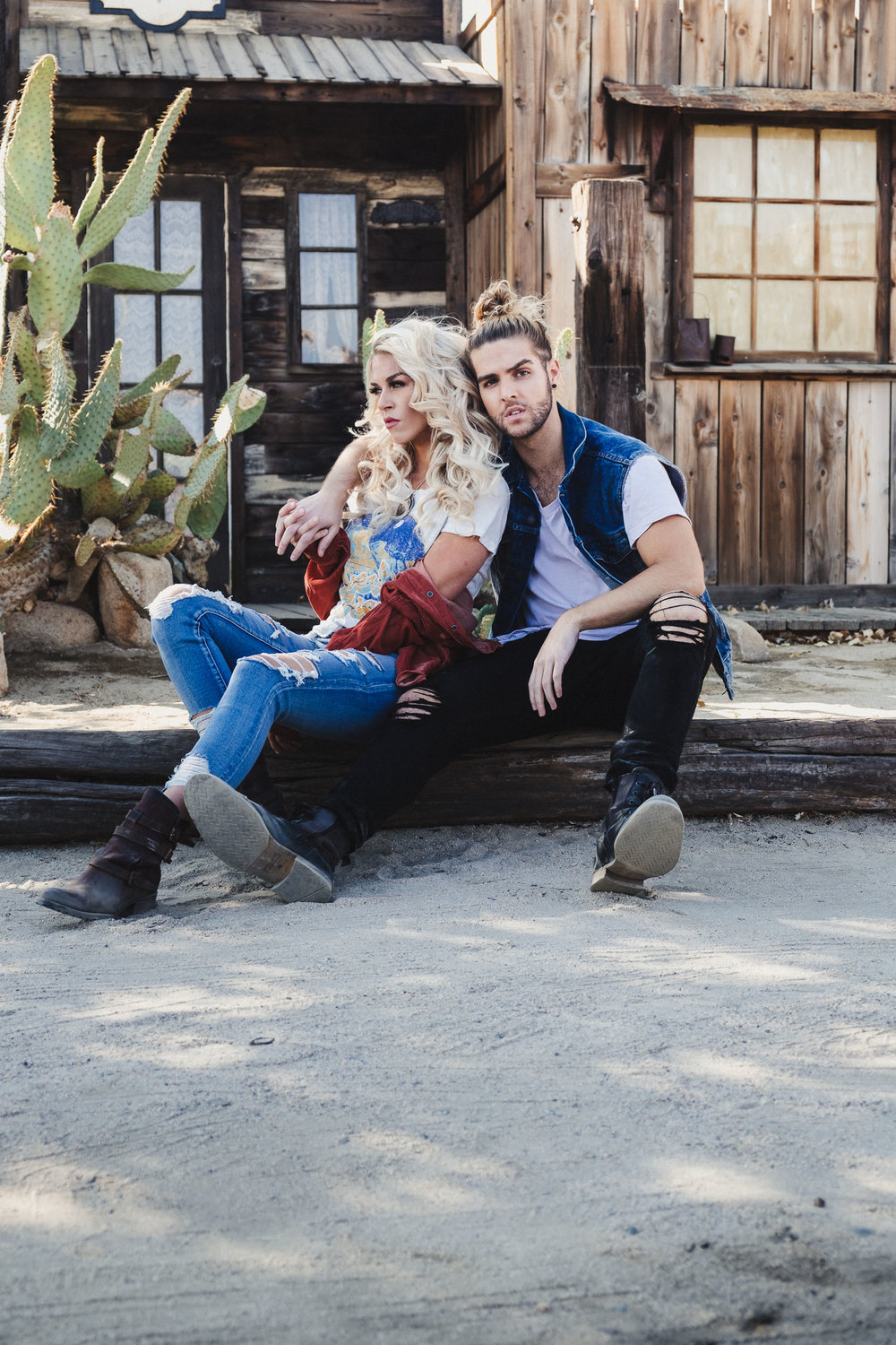 sKasey + Nick - Fashion-Couple's Session-43.jpg