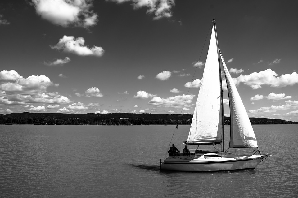 sail-498498_960_720.jpg