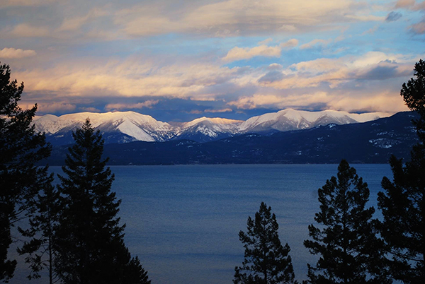Spruce-Lodge-Flathead-Lake.jpg