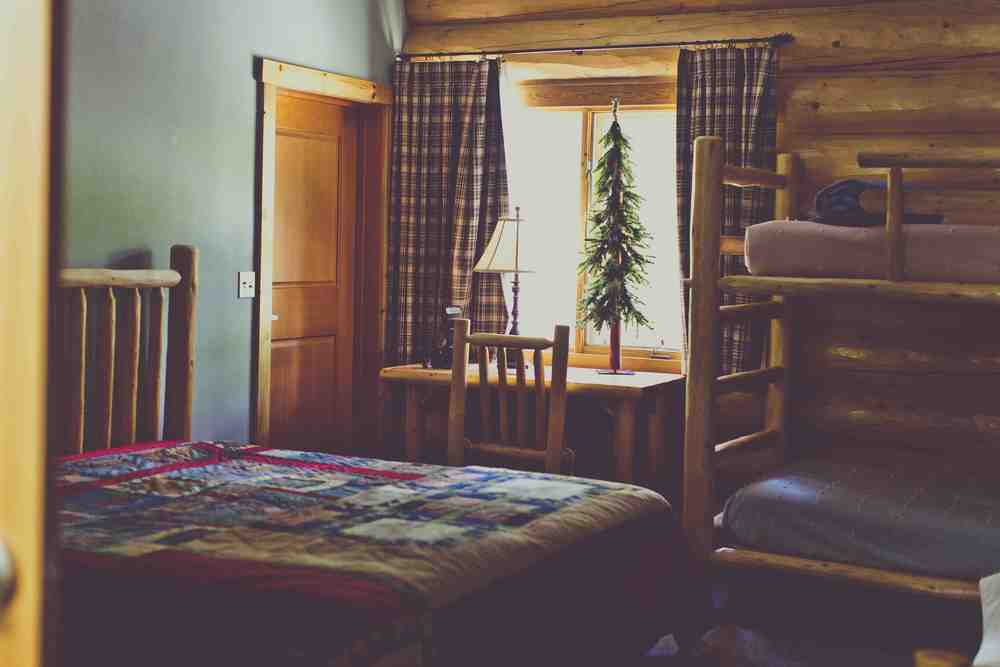 spruce-lodge-rooms.jpg