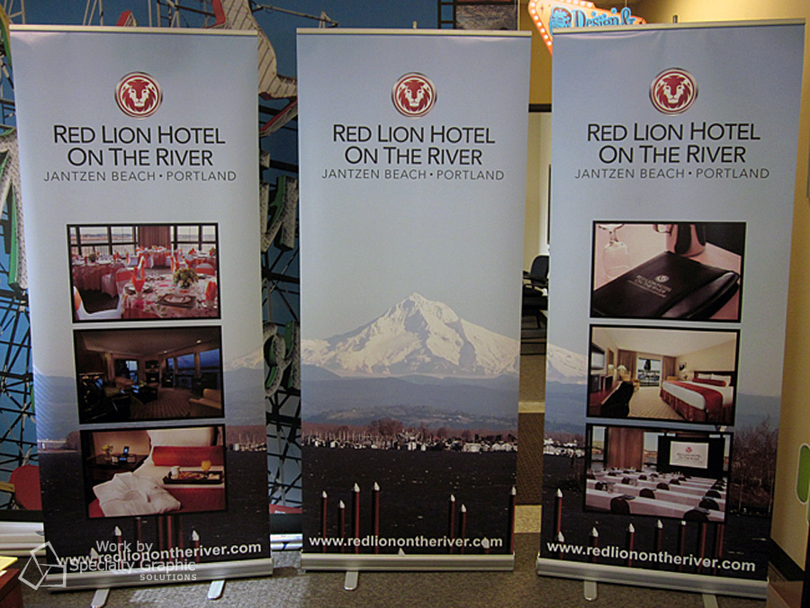 Retractable banner display for Red Lion at Jantzen Beach.