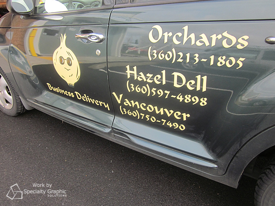vehicle lettering pt cruiser blind onion.jpg