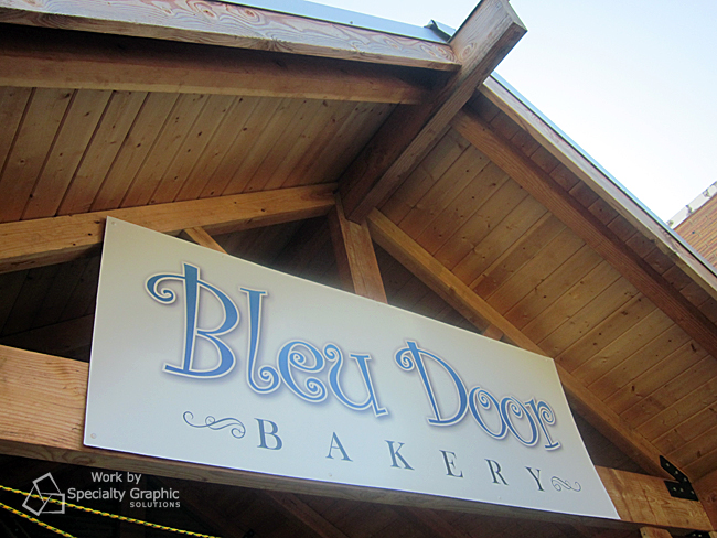 exterior business sign vancouver wa bleu door bakery.jpg