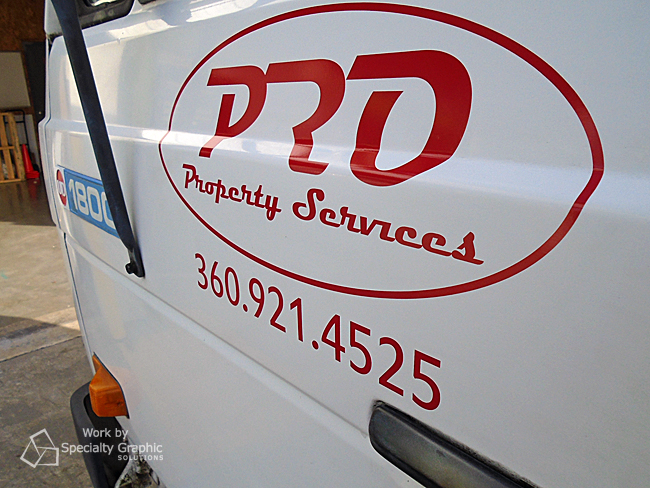custom fleet logo and lettering on truck vancouver wa.jpg