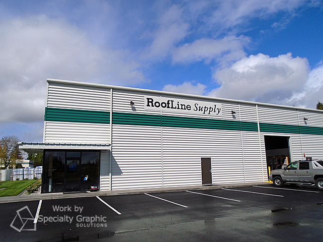 New signs at the new Vancouver WA location for Roofline Supply.jpg
