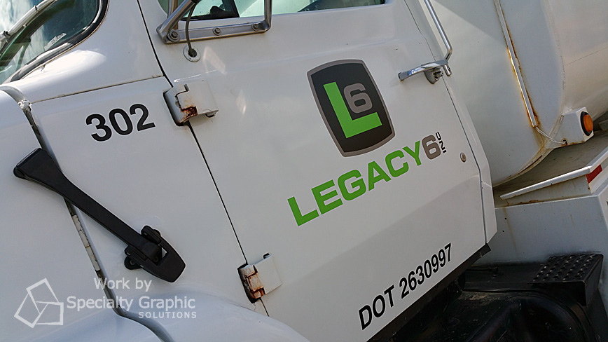 Contractor vehicle graphics Vancouver WA