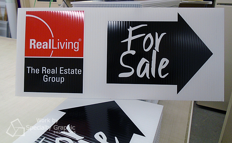 Point potential buyers to your real estate listing with For Sale arrow signs.jpg