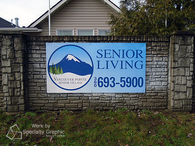 Anti-graffiti laminate makes this fence sign easy to maintain in Vancouver WA.jpg