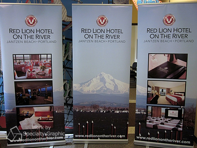 Expo Banner Stands : Hiding at your expo trade show displays in portland
