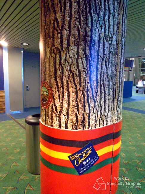 Vinyl wrapped columns for retail stores in Airports
