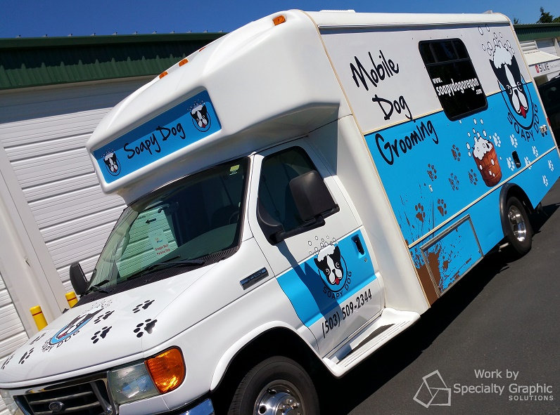 Vehicle Graphics for mobile dog grooming services in Oregon