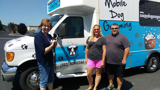Vehicle graphics for dog groomers in Oregon and Vancouver WA