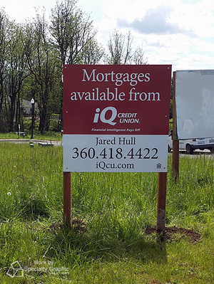 outdoor real estate sign for iQ Credit Union.jpg