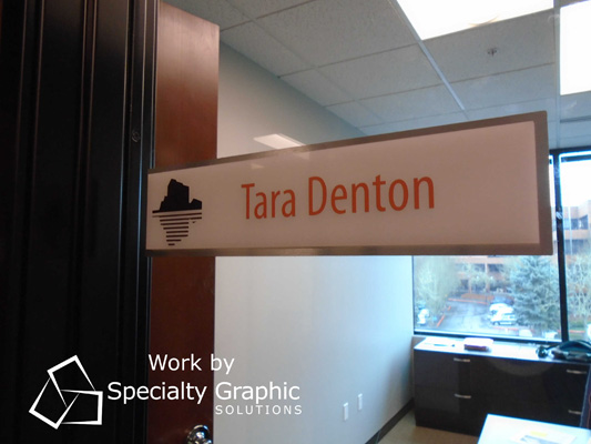 Custom Office Name Plates for Banks in the Portland Metro Area