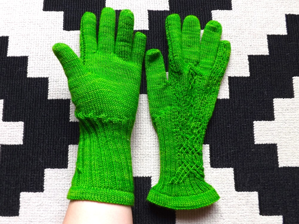 Meisi Gloves Wollmeise 2