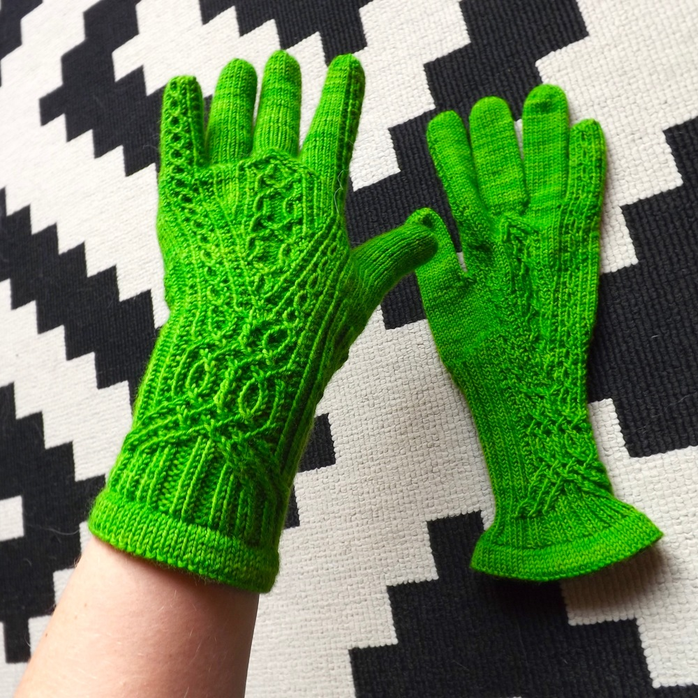 Meisi Gloves Wollmeise 3