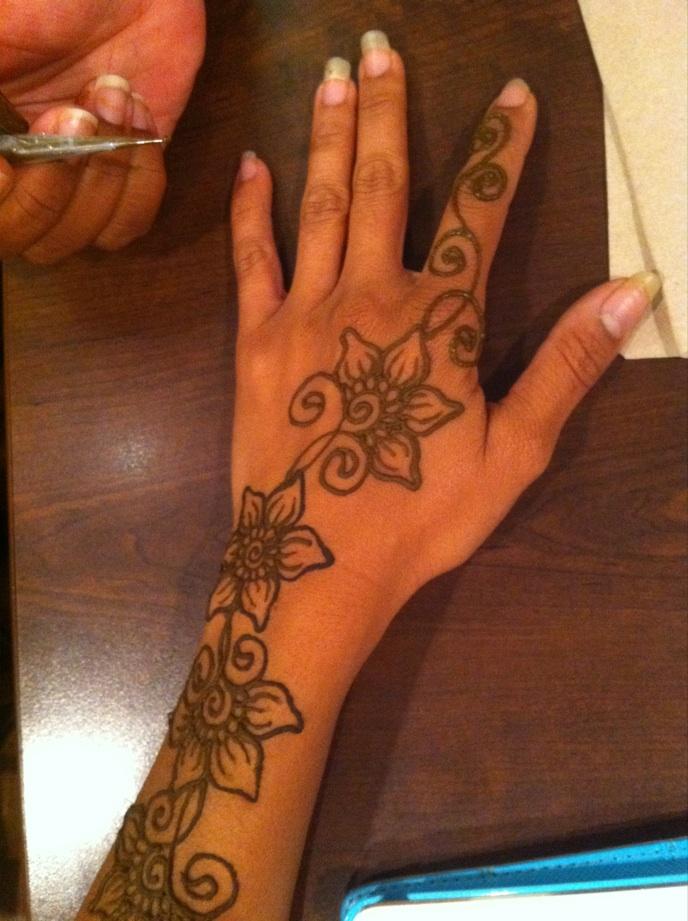 Carnival Henna 2.jpg